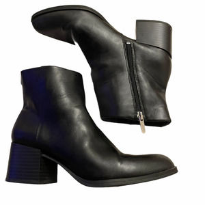 Sam Edelman Ankle Boot Black Leather chunky heel